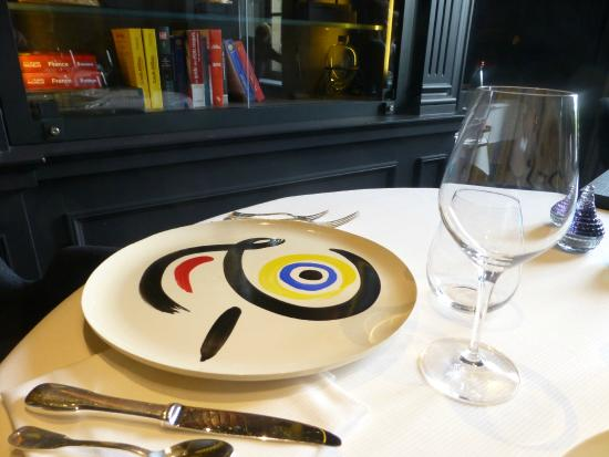 Vaisselle de table photo de restaurant guy savoy paris for Vaisselle de restaurant