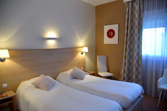 hotel chantecler le mans france voir les tarifs 50 avis et 49 photos. Black Bedroom Furniture Sets. Home Design Ideas