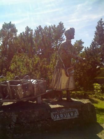 Statue of Varvara Shantina