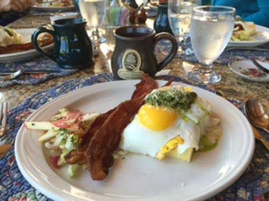 Country Willows Bed and Breakfast Inn: Breakfast