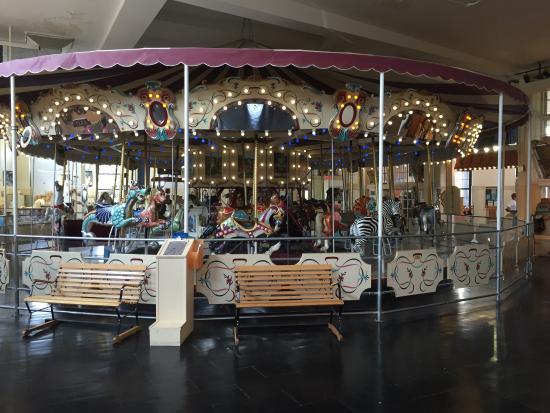 Merry Go Round Museum Sandusky Ohio Pictures 27
