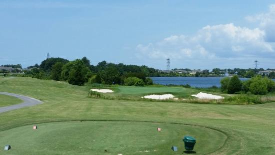 Suffolk, VA: Great Virginia golf from a couple of Florida Golf snobs.