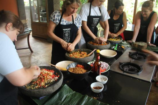 Casa Luna Cooking School