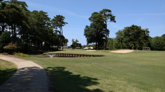 Duck Woods Country Club : Great day in the outer banks.