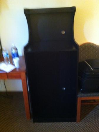 Quality Inn & Suites Savannah North: No micro wave no mini fridge