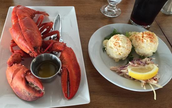 Boat Shop Steak & Seafood Restaurant: Lobster ����