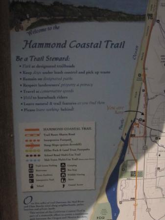 Hammond Trail : Well marked maps are posted along the trail.