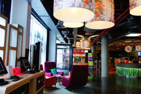 outside picture of aloft brussels schuman brussels tripadvisor rh tripadvisor com
