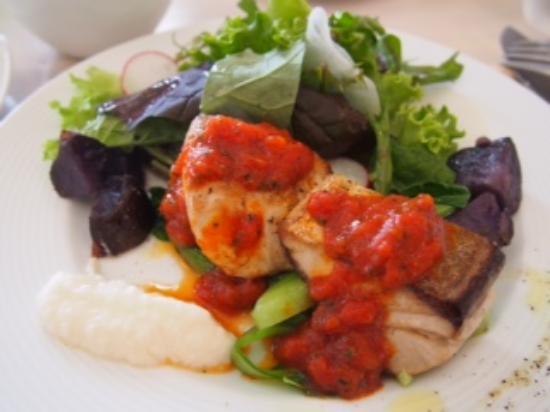 Tout Le Monde: この日のお魚料理