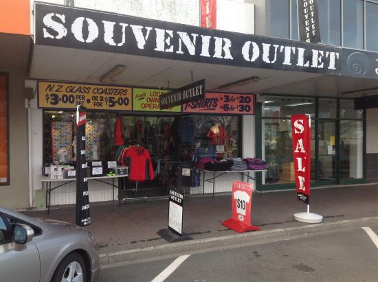 Souvenir Outlet