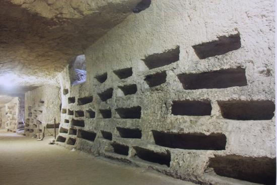 Chiesa di San Giovanni alle Catacombe: So many babies' tombs