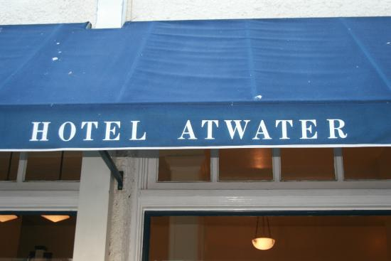 Hotel Atwater: Entrance