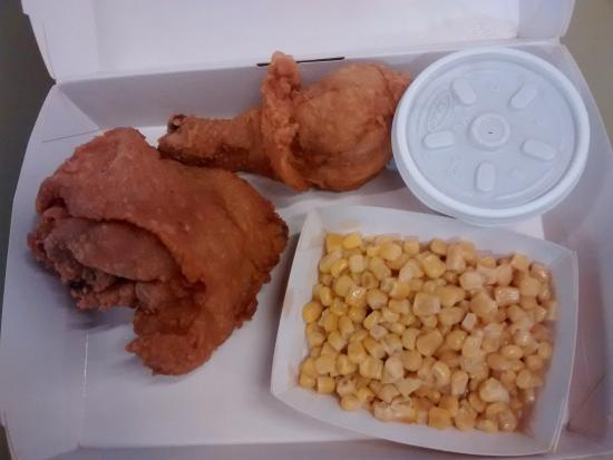 Jollibee 2 Piece Chicken Meal Picture Of Westfield Southcenter