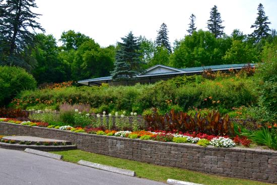 Midland, Kanada: Colourful Gardens