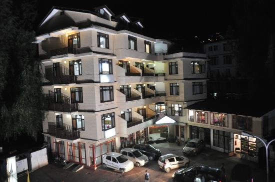 Hotel Snow Park: Main Building