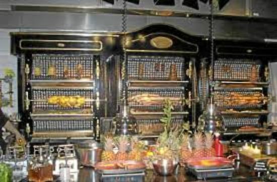 le buffet photo de les grands buffets narbonne tripadvisor. Black Bedroom Furniture Sets. Home Design Ideas