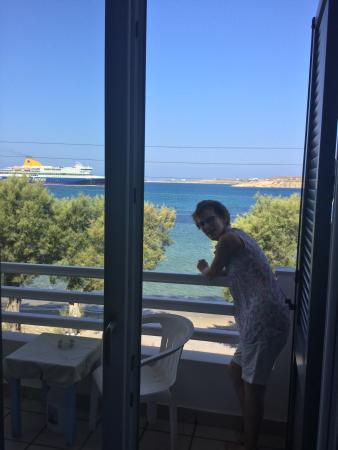 Hotel Paros: View from room 5, lovely outlook