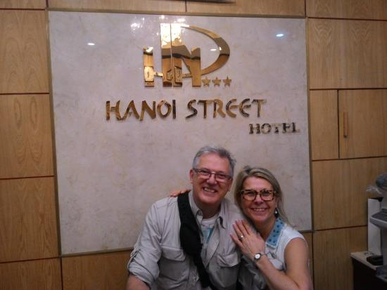 Hanoi Street Hotel: Happy Smile :))