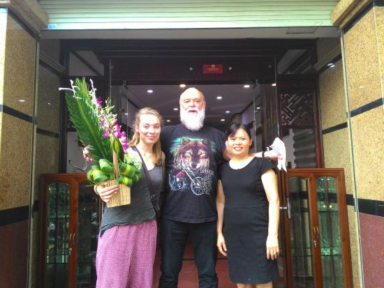 Hanoi Street Hotel: Happy Birthday :))