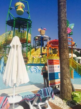 Paloma Grida Resort & Spa: Kids splash pool