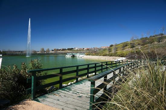Madrid Xanadu : El lago de Xanadú