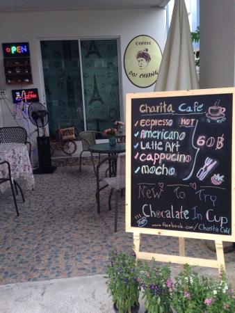 Charita Café