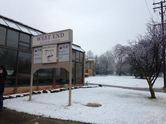 Snow at the West End Motor Lodge 2015