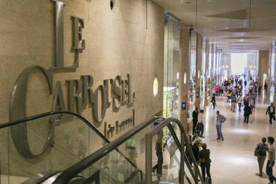 Apple Carrousel Du Louvre Electronics Store 99 Rue De