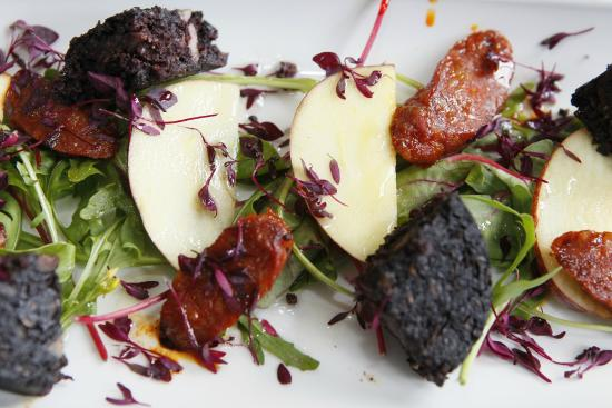 Elphinstone Hotel: Stornoway Black Pudding with Chorizo and Apple