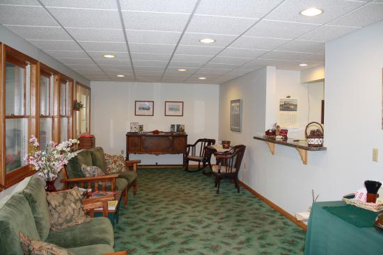 Northway Motel: Lobby