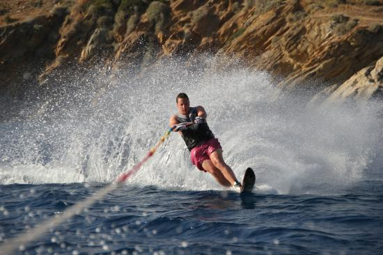 Meltemi Watersports: Skiing