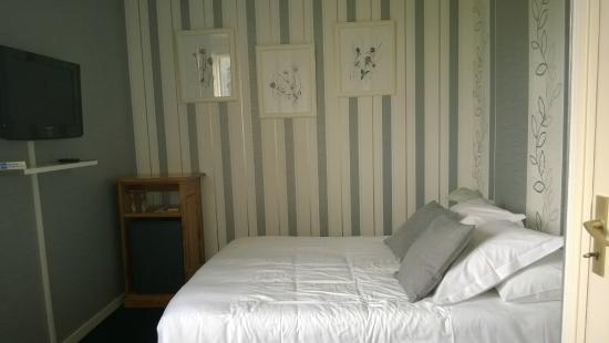Hotel Des Grands Vins: Superior Double Room