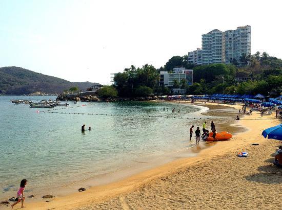 Resultado de imagen para Playas de Caleta y Caletilla