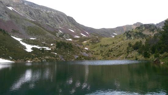 Comapedrosa Highlands Trail