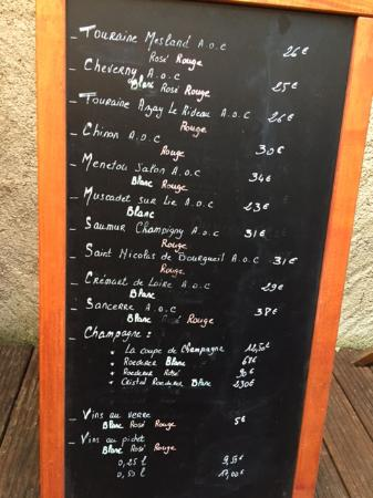 Côté Loire - Auberge Ligérienne : Blackboard with wine menu