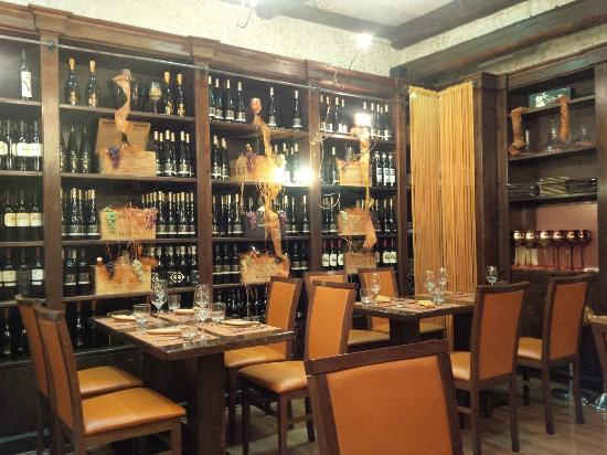 Great ambiance picture of restaurant il vineto rome for Ambiance cuisine nice
