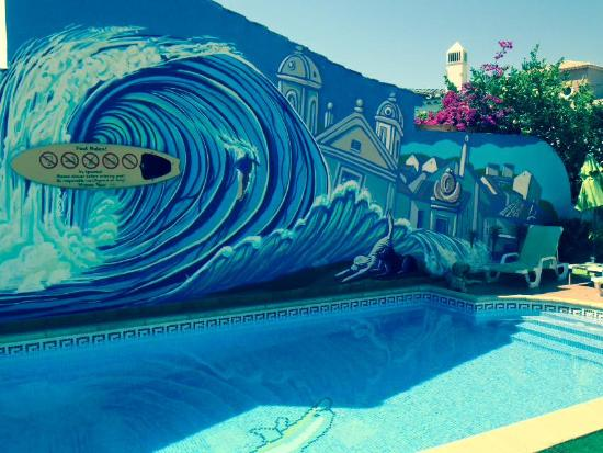 Casa Offshore Surf, Kitesurf & SUP Lodge: Swimming pool
