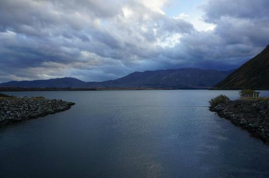 Twizel, New Zealand: The lake.