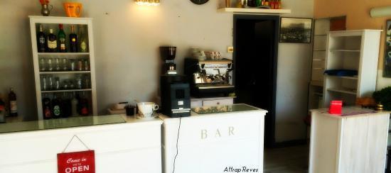 Bar-Accueil - Photo de Attrap'Rêves, Aspres-sur-Buech - TripAdvisor