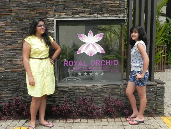 Hotel Entrance Picture Of Royal Orchid Beach Resort Spa Goa
