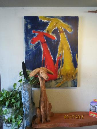 VIa Birch Bay Cafe and Bistro: Fun art throughout the restaurant