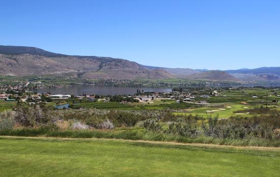 Osoyoos Golf Club: view south of Osoyoos