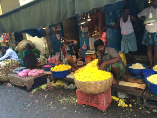 Chennai Magic - Day Tours: Georgetown Bazaar