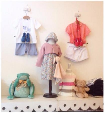 Rue des Enfants : l'abbigliamento