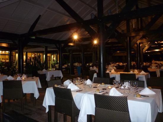Restaurant picture of lux saint gilles saint gilles for S bains restaurant