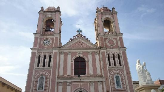 ‪St. Josephs Cathedral‬