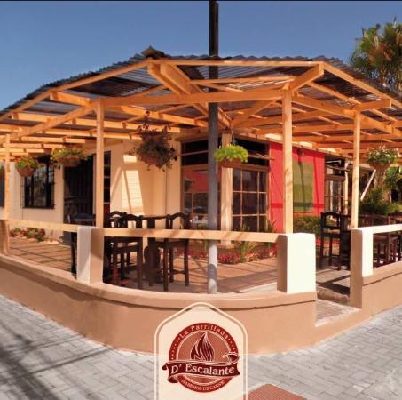 Parrillada El Churrasco: Terraza al aire libre ;)