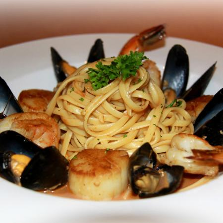 The Row Restaurant Naples Fl