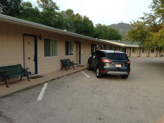 Dollar Inn Hot Springs: Außen