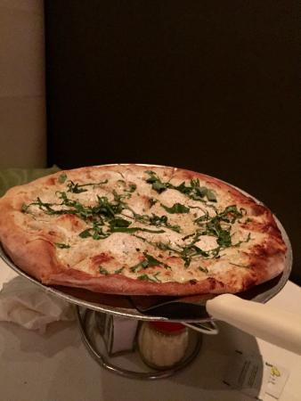 Scarfone's : White Pizza with ricotta